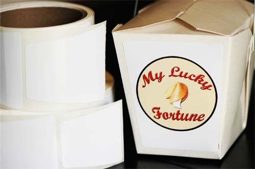(Medium 1 pint take out box white labels)